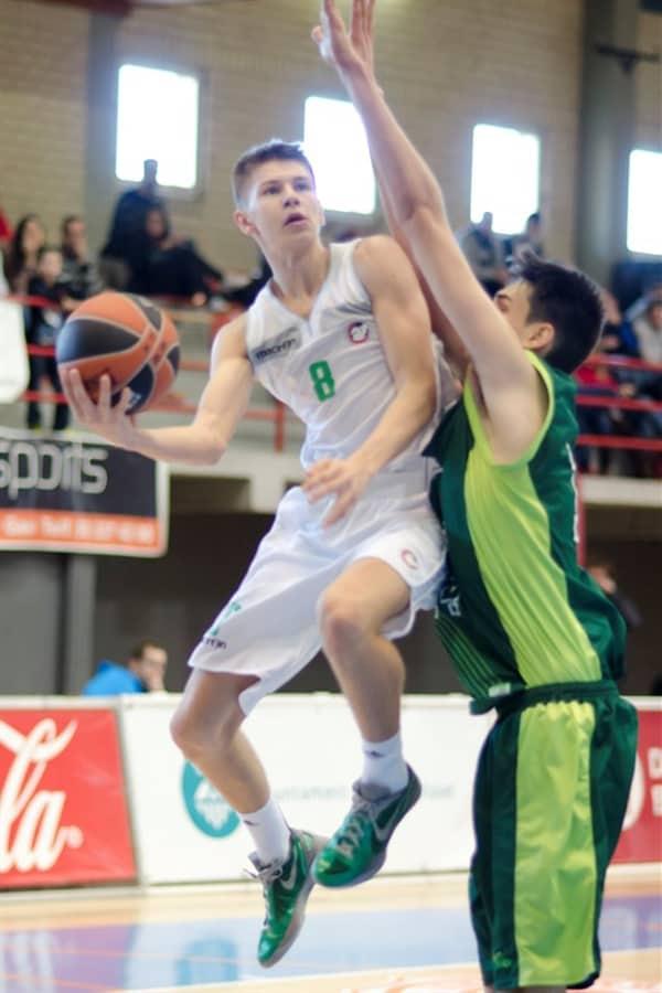 Lega A 2016-17: Il talento sloveno Blaz Mesicek si lega all'Enel Basket Brindisi