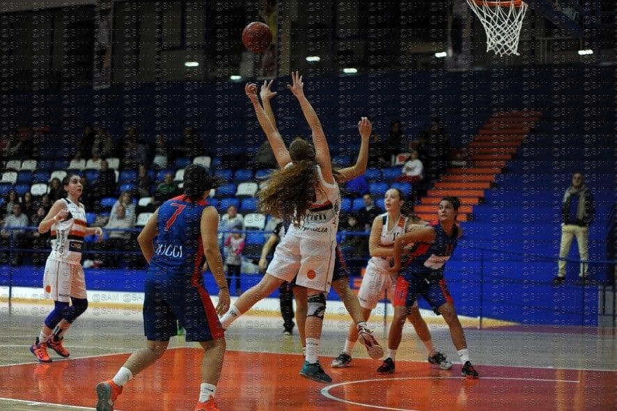 Serie B femminile 2016-17: la Ruggi Salerno passa a Battipaglia
