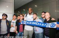 Lega A PosteMobile 2016-17: le foto dell'arrivo all'aereoporto di Brindisi di Samardo Samuels