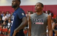 NBA 2016-17: Lebron James si complimenta con Russell Westbrook (VIDEO)