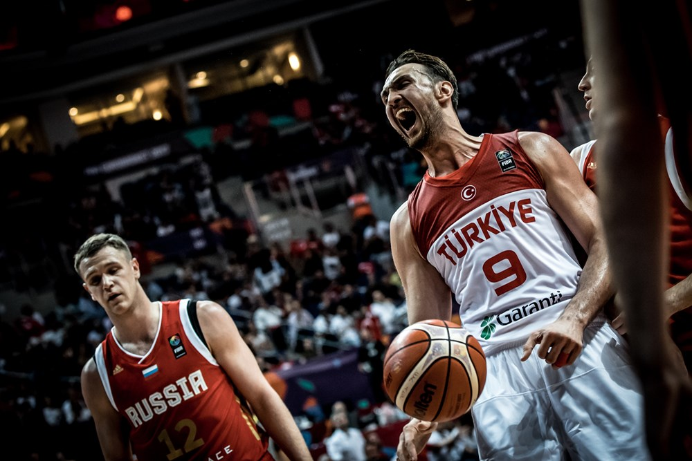 Eurobasket 2017: nella seconda giornata del torneo pronostici rispettati tranne la Russia che batte la Turchia