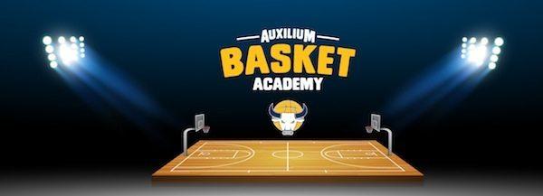 Lega A PosteMobile 2017-18: i ragazzi della Basket Academy dell'Auxilium in platea per Fiat Torino-Grissin Bon