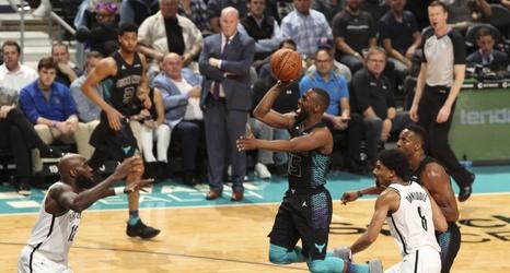 NBA 2017-18 nella notte del 22 Marzo record di punti e vittoria per Kemba Walker ed i suoi Hornets