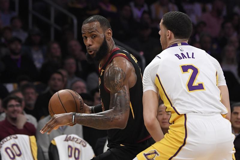 NBA 2017-18 nella notte dell'11 Marzo Lakers vittoria e corteggiamento a KingJames