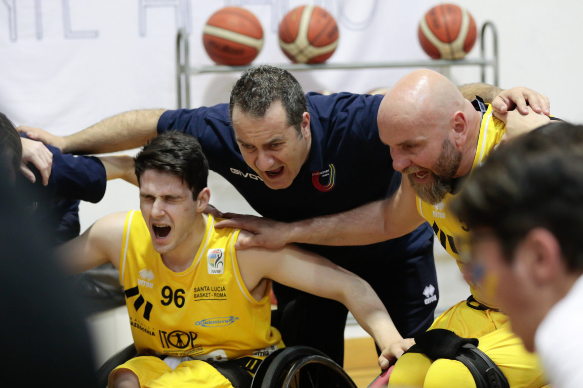 Basket in carrozzina #SerieAFipic 2017-18: è una battaglia Gara3 alla fine la spunta l'UnipolSai Briantea84 che batte il Santa Lucia Basket ed è in Finale Scudetto