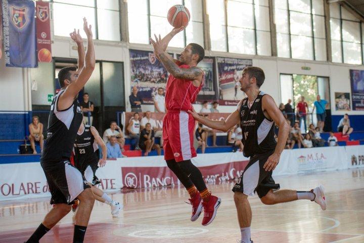 A2 Ovest Old Wild West precampionato 2018-19: al Torneo di Cassino la Virtus Roma supera nettamente il Latina Basket 96-70