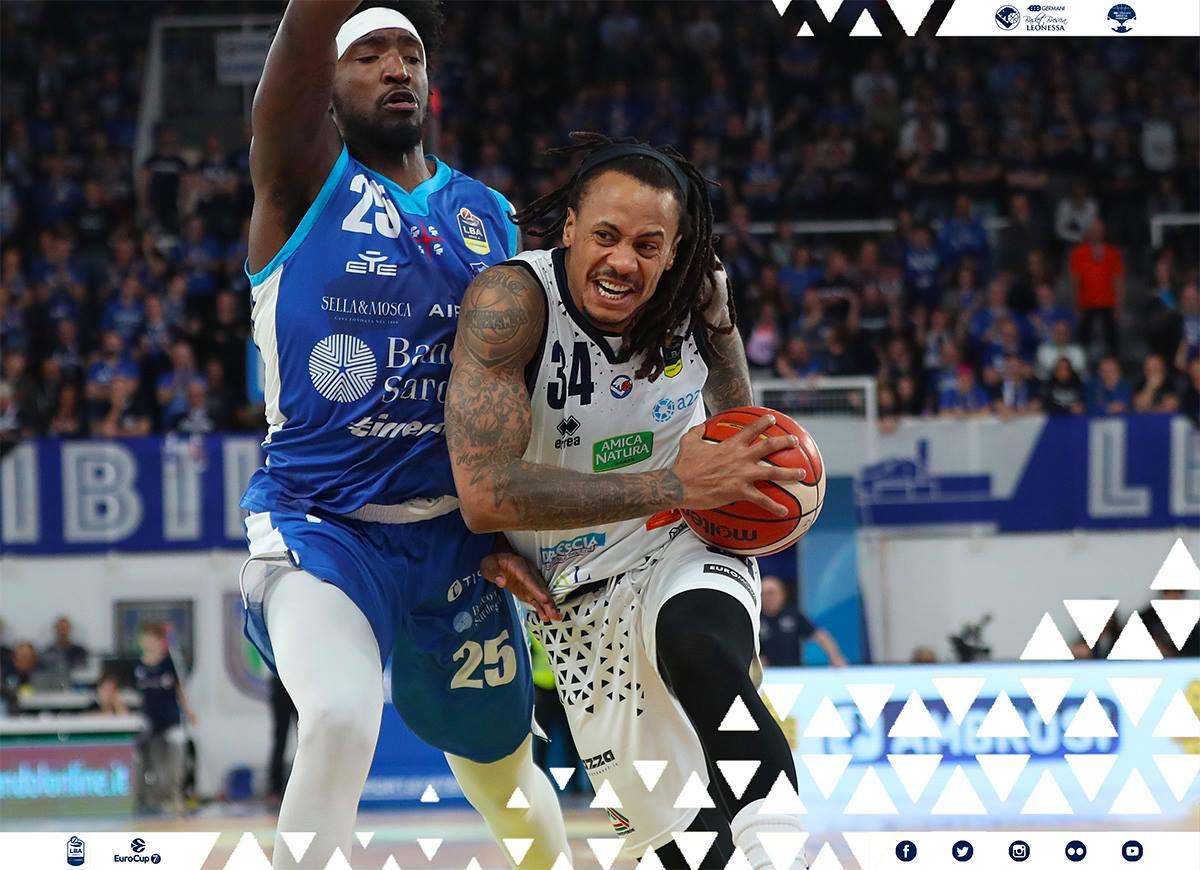 Lega A PosteMobile 13^giornata 2018-19: chiude male l'anno la Germani Basket Brescia che cede in casa ad una Dinamo Sassari in gran spolvero