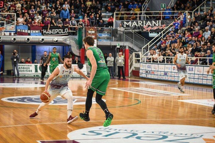 A2 Ovest Old Wild West 2^di ritorno 2018-19: è basket di altri tempi al PalaSojourner e vince la Zeus Energy Rieti che batte la ON Sharing Siena 53-42