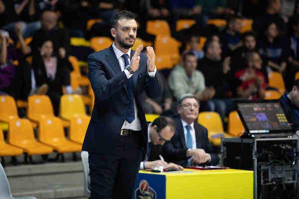 Lega A PosteMobile 7^di ritorno 2018-19: i 4 punti di coach Nicola Brienza per presentare la sfida della sua Acqua S.Bernardo Cantù alla VL Pesaro