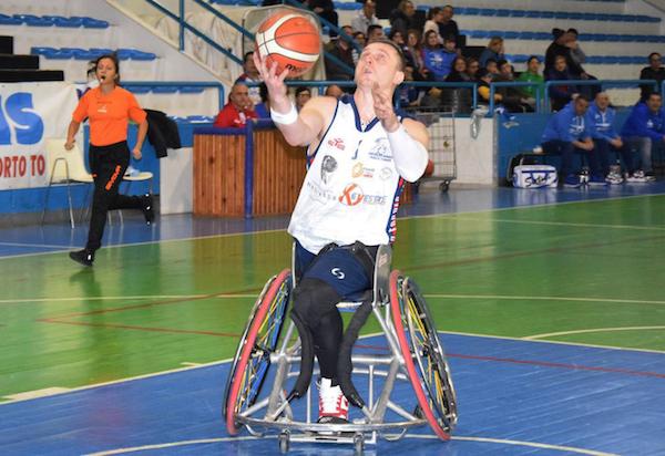 Basket in carrozzina #serieA Fipic 12^giornata 2018-19: la GSD Porto Torres entra nei playoff, Santa Lucia, Dinamo Lab, Montello e Varese faranno i playout