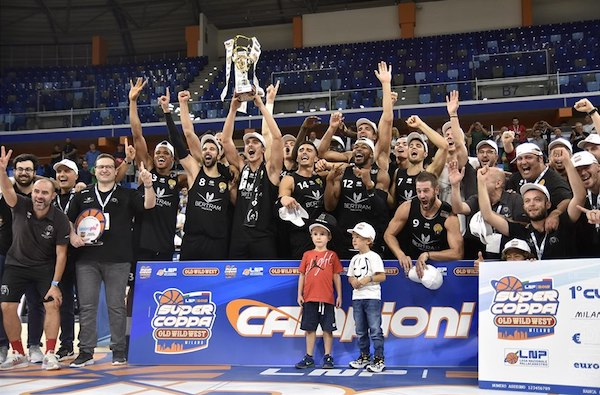 A2 Old Wild West Supercoppa 2019: vittoria nel finale per la Bertram Tortona nel derby con la Reale Mutua Basket Torino