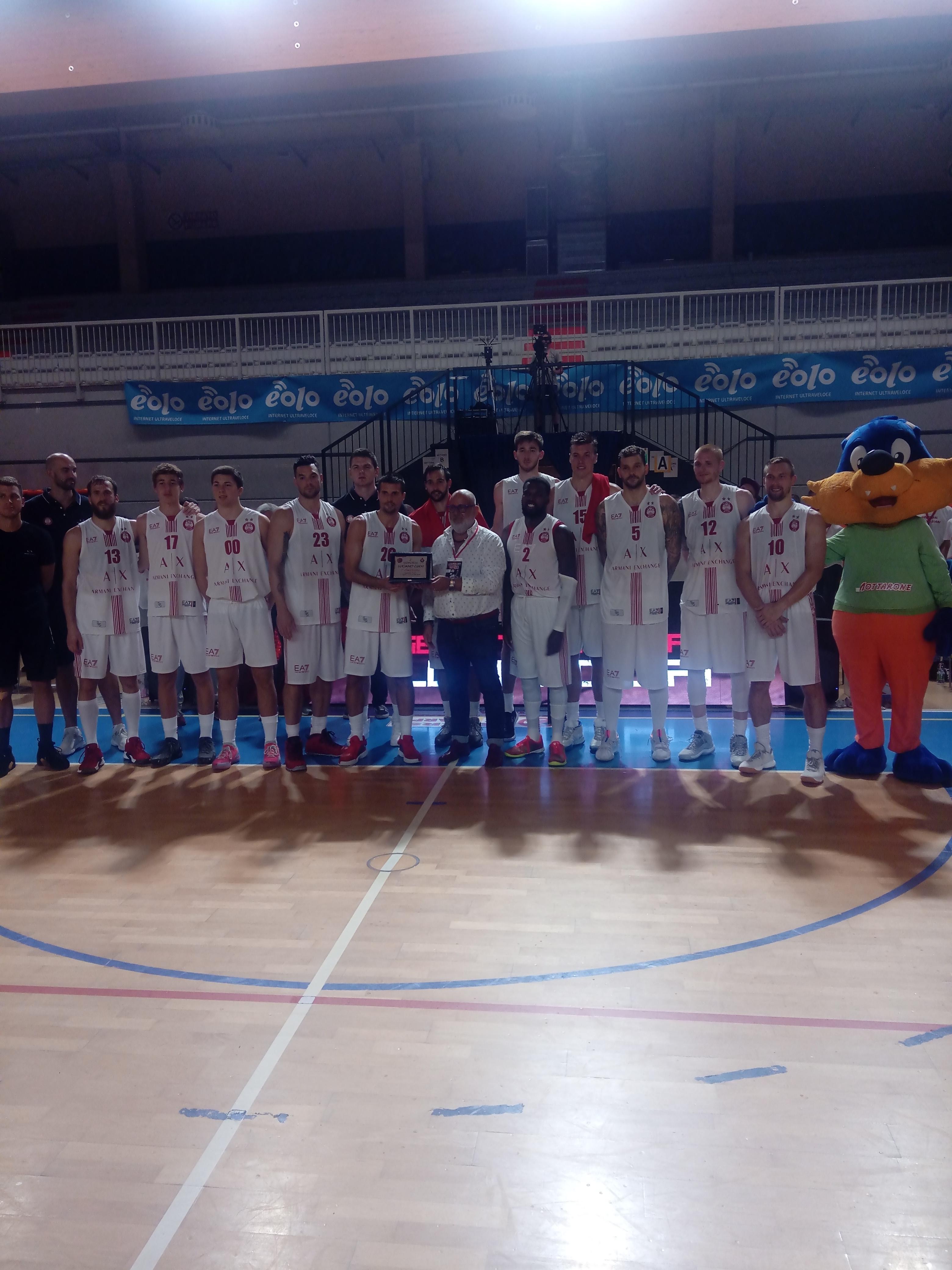 Legabasket LBA Precampionato 2019-20: l'Olimpia inizia bene la stagione domando una tignosa Cantù, El Chacho Mvp del torneo.