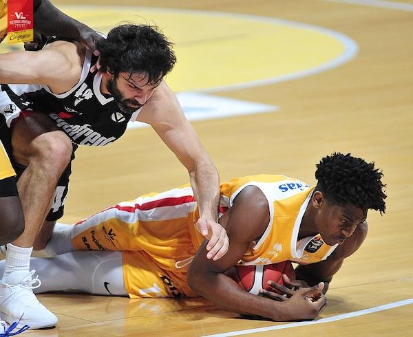 Legabasket LBA 4^giornata 2019-20: troppa Segafredo Bologna per la Carpegna Prosciutto Pesaro