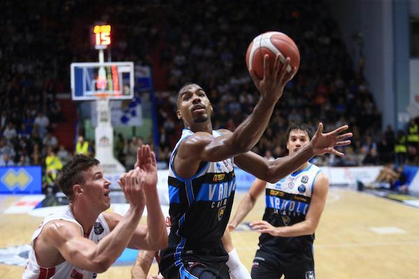 Legabasket LBA 2019-20 5^giornata: l'Olimpia cade ancora a Cremona, ora in campionato è crisi e la classifica piange.
