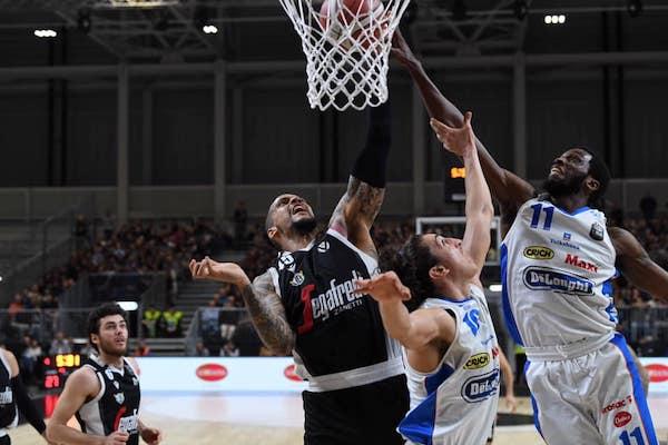 Legabasket LBA 8^giornata 2019-20: 8 su 8 per la Virtus Segafredo Bologna che nella nuova Arena supera la DèLonghi Treviso