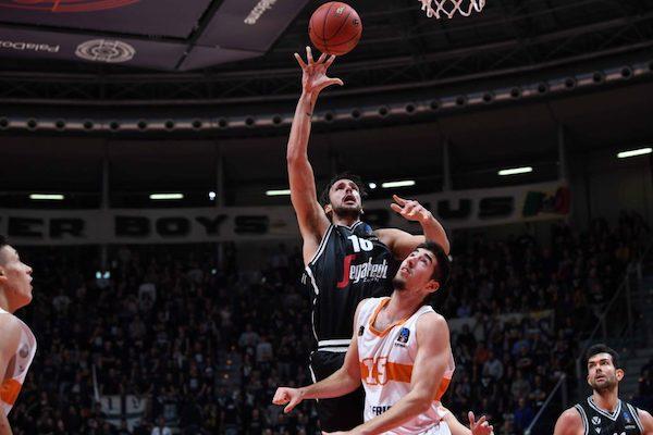 7DAYS EuroCup #Round9 2019-20: la Virtus Segafredo Bologna ha vinto e ribaltato la differenza canestri con Patrasso