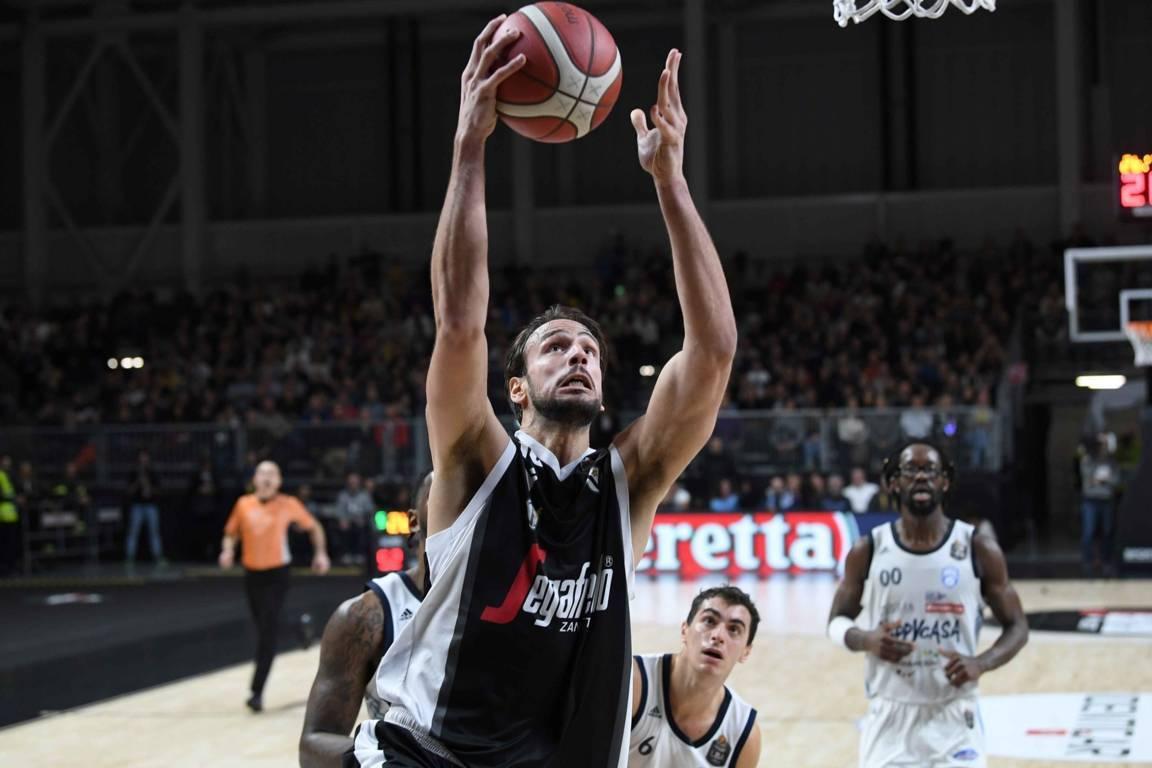 Legabasket LBA 13^andata 2019-20: al Basket City Fiera di Bologna la Virtus vince il BigMatch vs Brindisi e consolida il primato