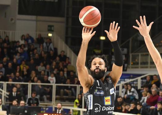 LBA Legabasket 5^ritorno 2019-20 : super Blackmon e Trento ha la meglio su Cantù