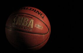NBA 2018-19: Pacers-Lakers 136-94 è il peggiore e più inaspettato KO per i Los Angeles e per LeBron James
