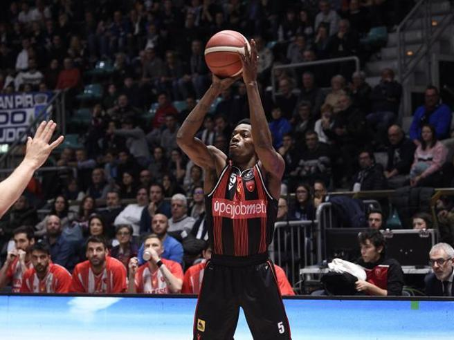 LBA Legabasket Mercato 2020-21: il primo volto della nuova Torino è Jason Clark, Ingus Jakovičs resta a Varese