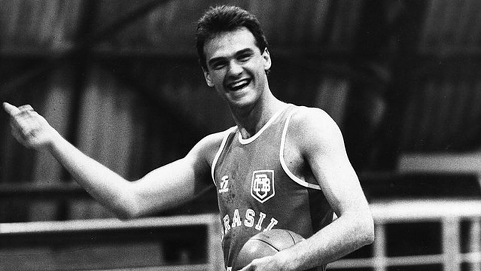 Storie di Basket 2020-21: un grande campione del passato come Oscar Schmidt intervistato via web da Vanni Zagnoli