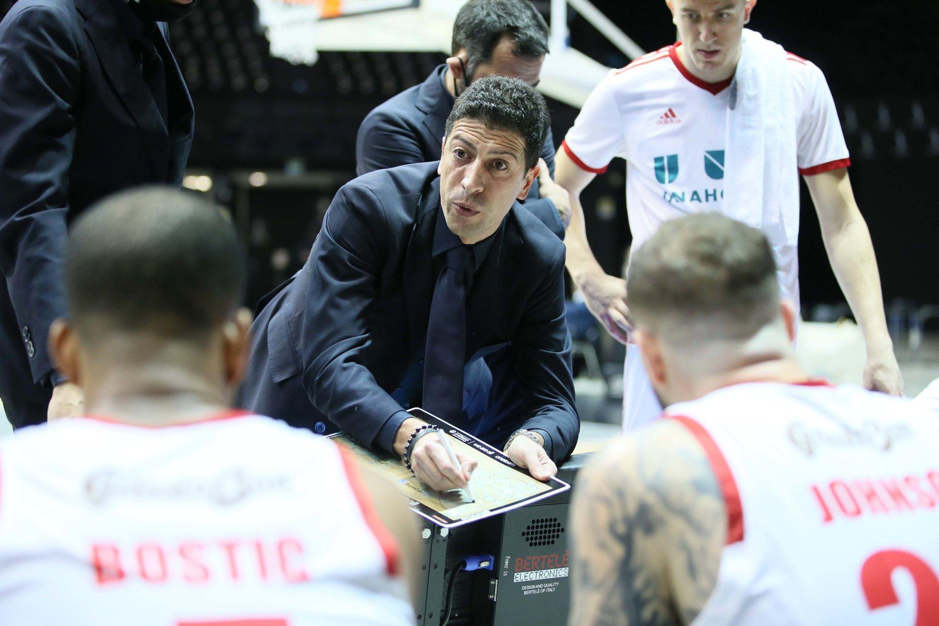 Storie di Basket 2020-21: il post-match di UnaHotels Reggio vs Dé Longhi Treviso attraverso la telecamera di Vanni Zagnoli