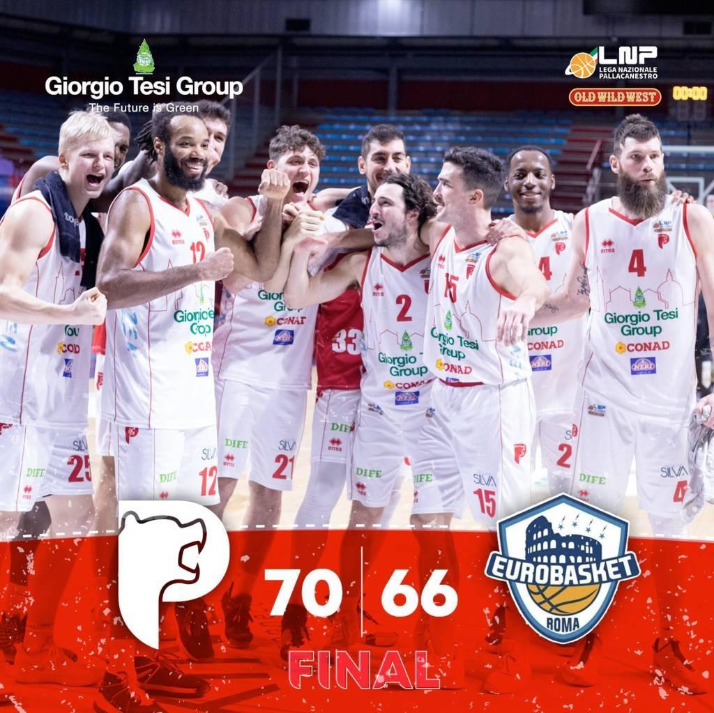 A2 Old Wild West recupero 2^ andata girone rosso 2020-21: la Giorgio Tesi Group Pistoia si scuote e nel quarto periodo ha la meglio sull'Atlante Eurobasket Roma 70-66